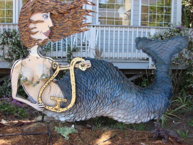 Patrick Amiot sculpture, Sebastapol, CA on July 7 2009 34