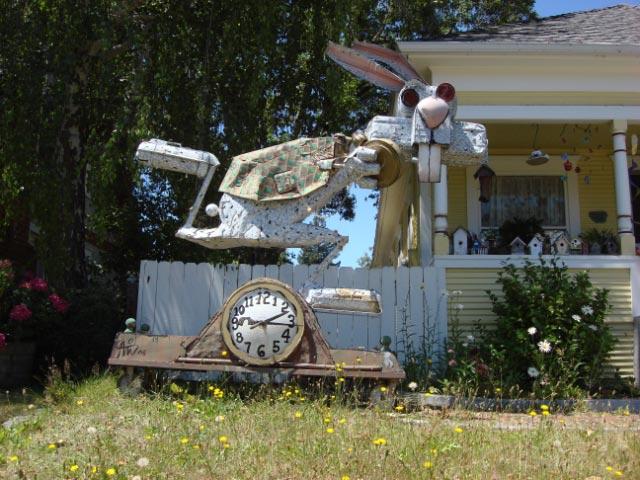 Patrick Amiot sculpture, Sebastapol, CA on July 7 2009 35