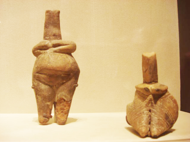 Representations of the Mother Goddess 1 Old Europe c 5000 BC
